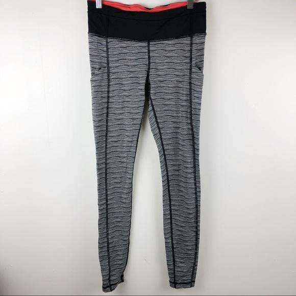 a3fdedd8c lululemon athletica Pants - SALE✨ Lululemon RARE Speed Tight Zig Zag 6